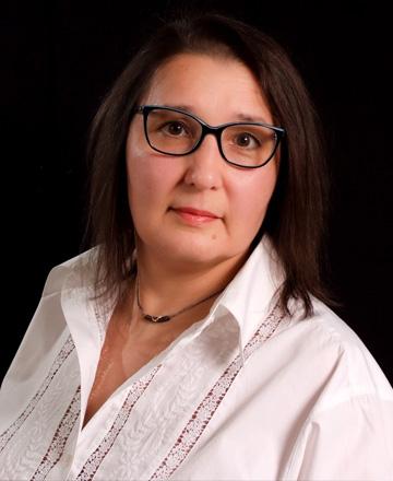 Guzel Rakhimova - Traduttrice freelance, traduzioni da italiano ed inglese in russo